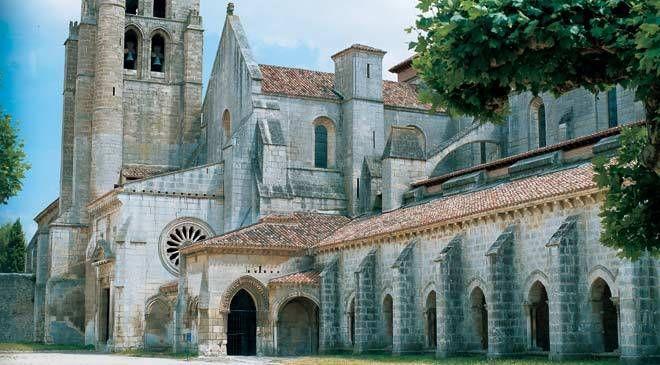 Vista de una de las fachadas del Monasterio de las Huelgas. Burgos © Turespaña