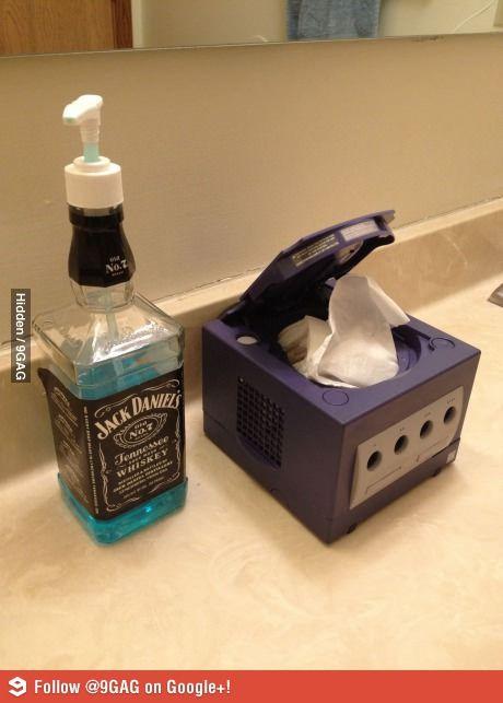 I Don T Like The Cube Tissue Holder But Love Jack Daniels