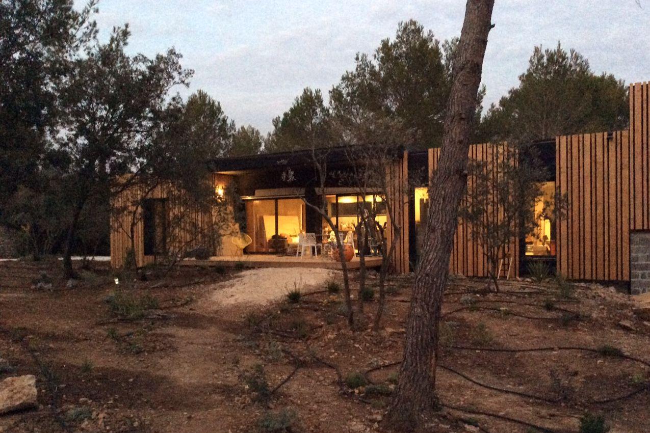 Maison de 130 m² vers Nîmes | Modern Houses | Popup house, Maison et ...