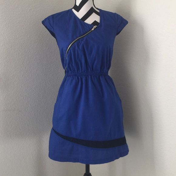 Blue dress Very cute dress , 2 lateral pockets , black lace detail , zipper over the chest size S , 100% cotton GO International  Dresses Mini