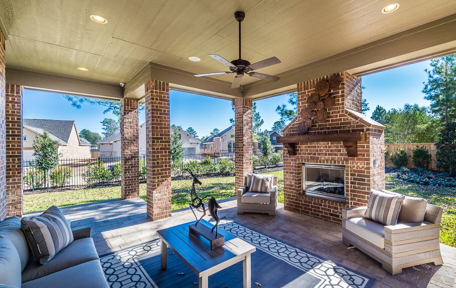 Enjoy outdoor entertaining in all seasons with this ... on Outdoor Living Space Builders Near Me  id=98254