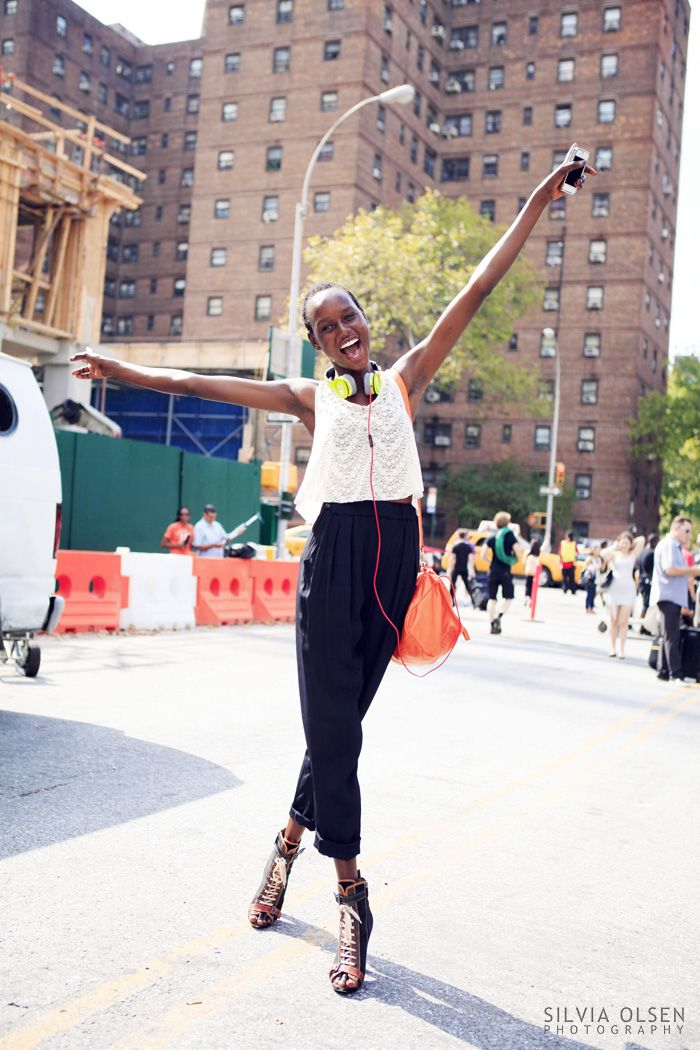 #AjakDeng throwing her hands up in the air #offduty in NYC. #SilviaOlsen