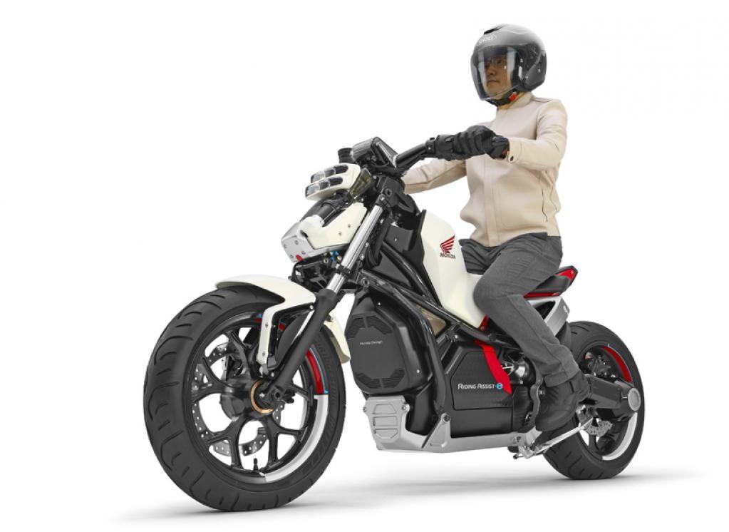 自立型バイクはバイク乗りをジジババ化する|MotorFan[モーターファン]