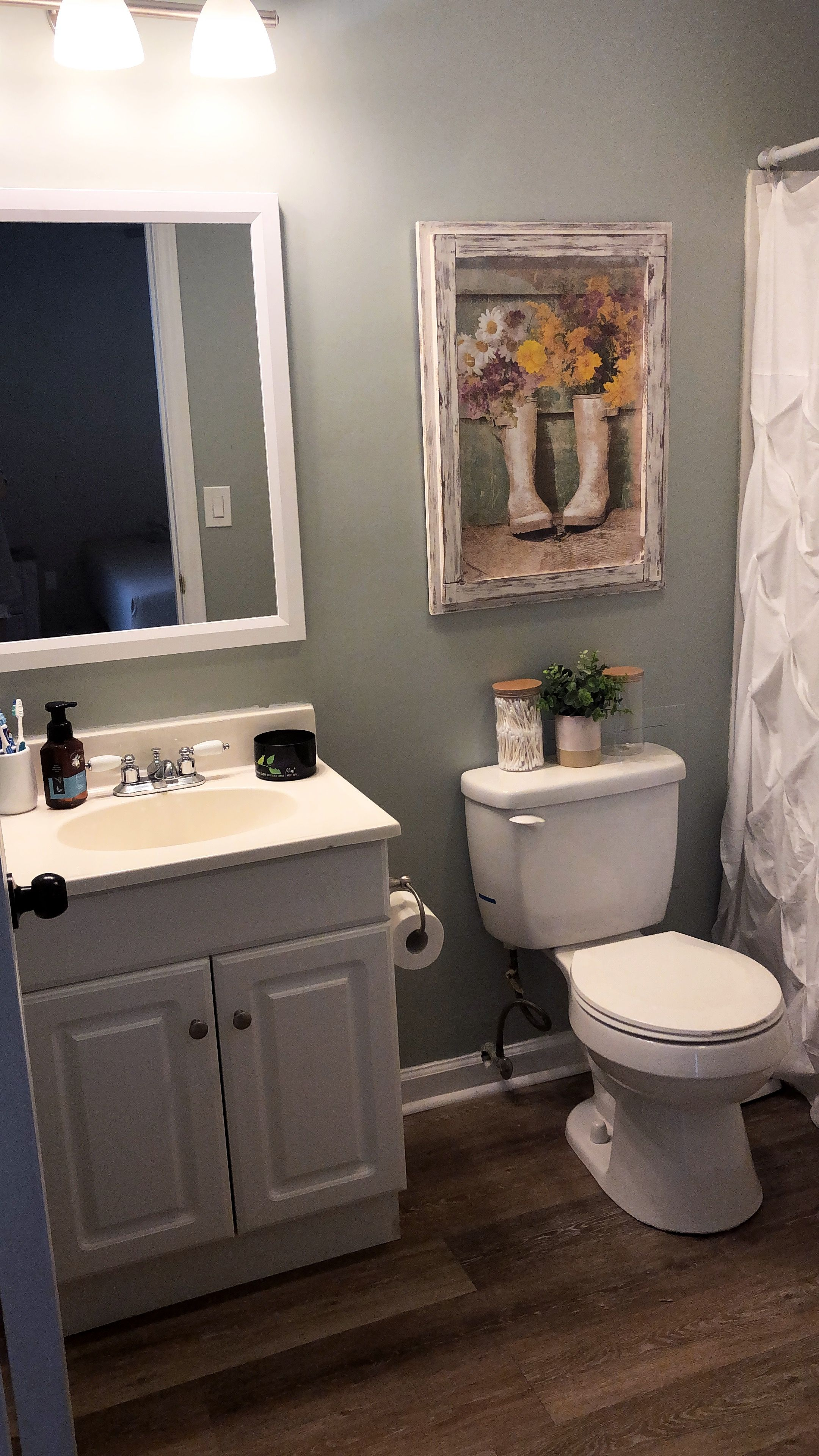 Sherwin Williams Comfort Gray Khaki Oak Allure Traffic Master Master Bath Sherwin Williams Comfort Gray Comfort Gray Small Bathroom Decor