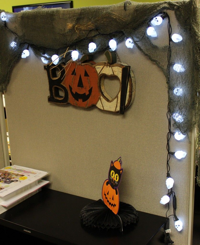 office decor halloween - Halloween Office Decoration