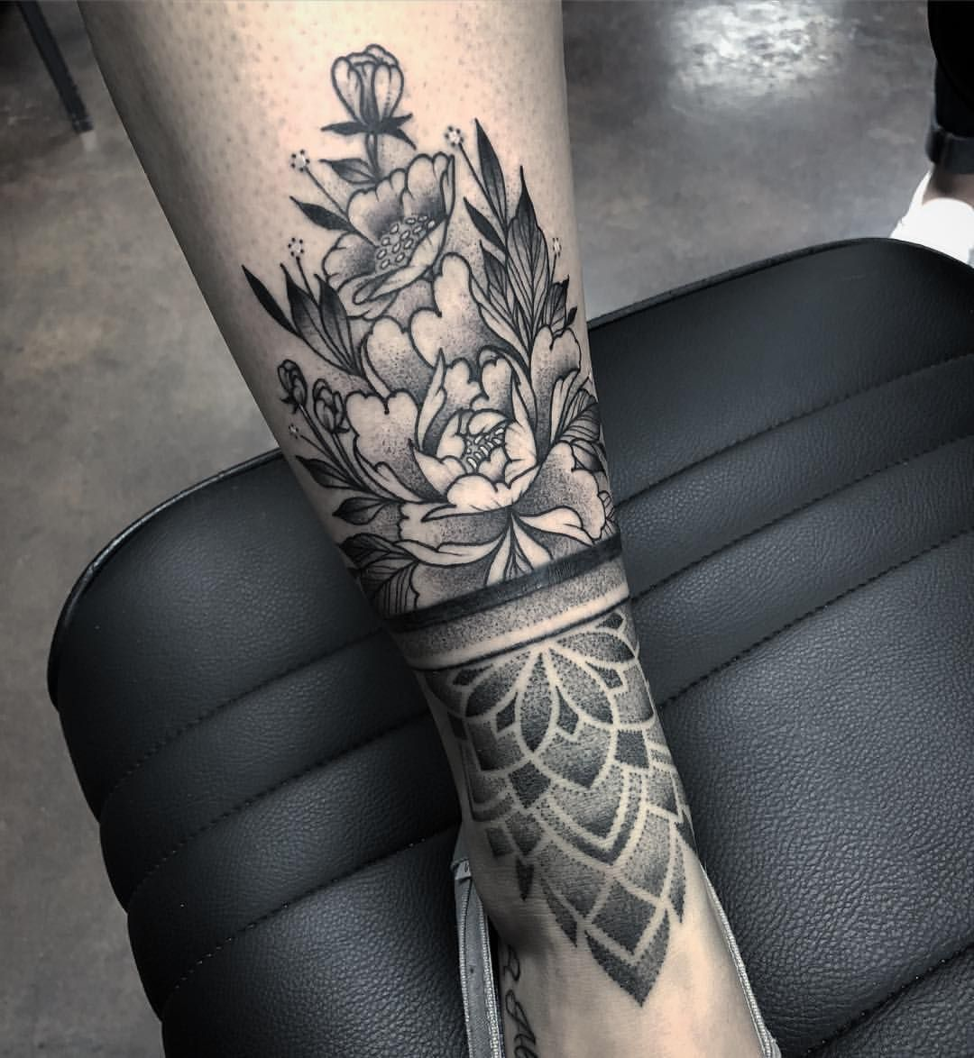 Added A Bit Of Floral To This Banded Ankle Piece Thanks Jessica Tattoo Tattooer Tattoos Ladytattooers Blackwork Ankle Band Tattoo Band Tattoo Tattoos