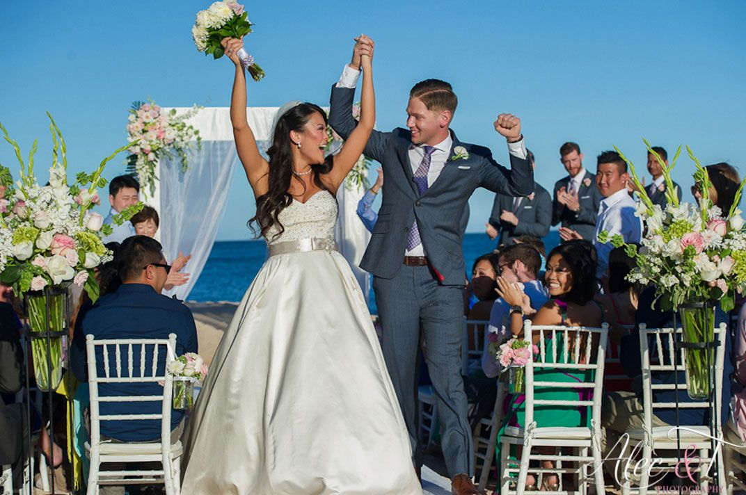 Enjoy the ultimate wedding with Grand Fiesta Americana Los Cabos All Inclusive Golf & Spa - where your visist is defined by exclusivity, luxury and distinction. | Honeymoons.com