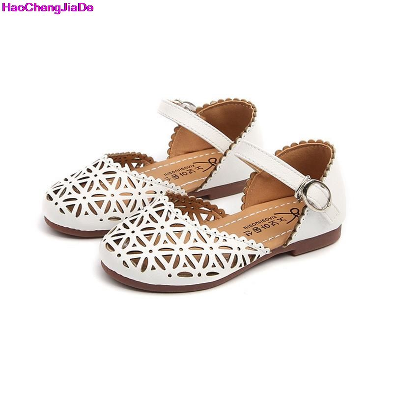 785bc348c379b1 HaoChengJiaDe Children Shoes Girls Sandals 2018 Summer Fashion Cutout  Princess Girls Flat Soft Closed Toe Kids Sandal Girls Shoe