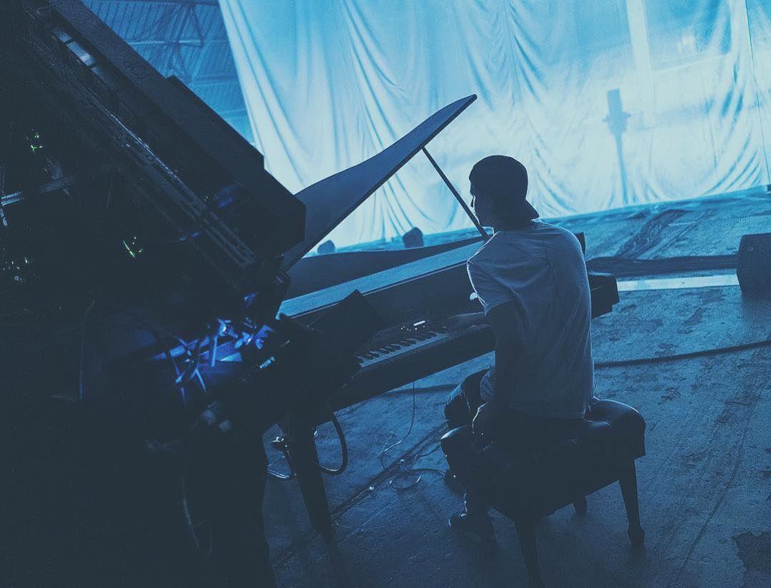 Anyone waiting for @kygomusic 's new album? #cloudnine - @olav