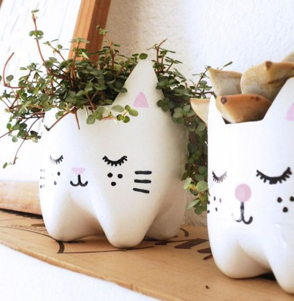 Upcycled Kitty Planters