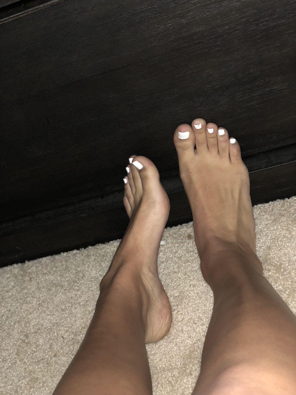 Tan Teen Feet