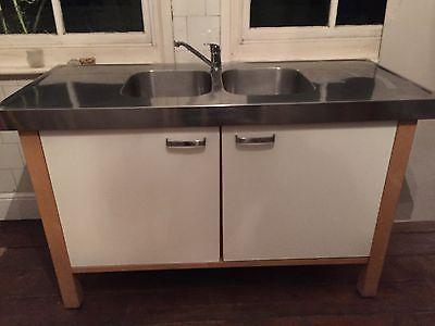 Ikea Varde Freestanding Sink Unit  Tap - Used https://t.co/X7lSR1z20i https://t.co/FXx8BWkfOd