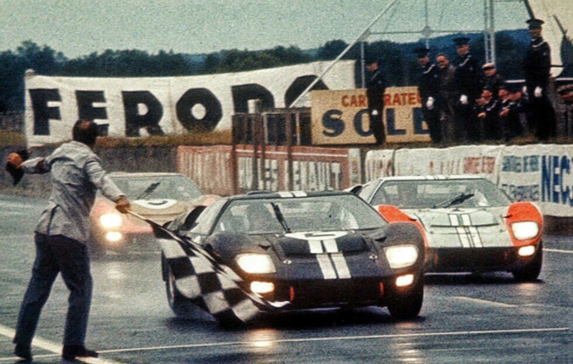 1966 Le Mans Gt 40 Crossing The Finish Line Ford Gt40 Le Mans