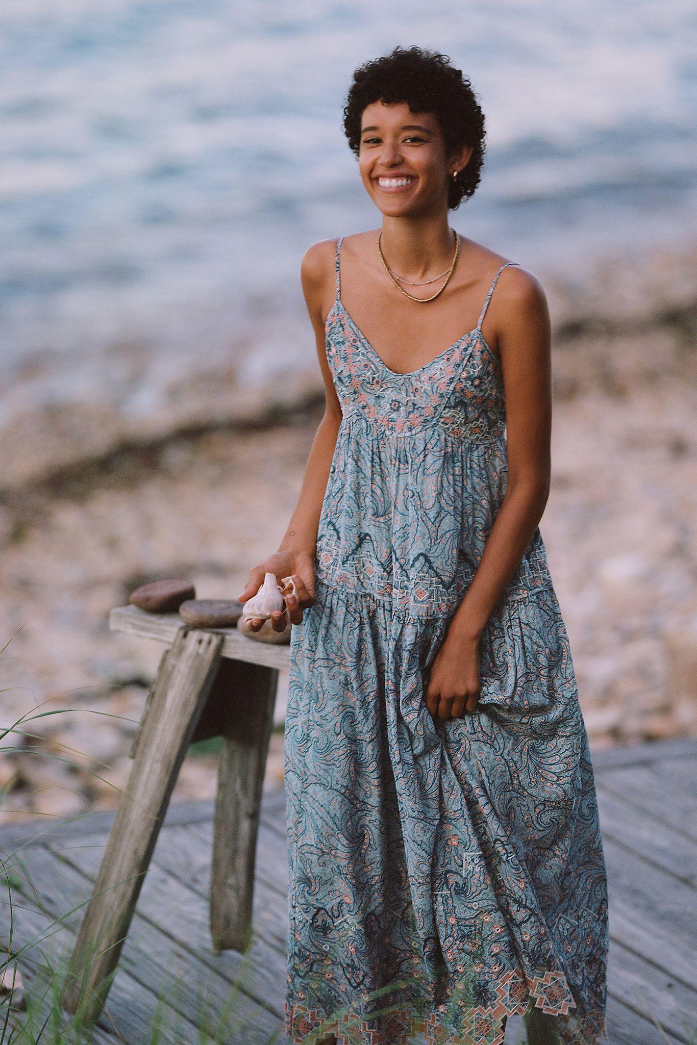 Jessa Embroidered Maxi Dress Anthropologie Maxi Dress Embroidered Maxi Dress Maxi Dress Formal [ 2049 x 1366 Pixel ]