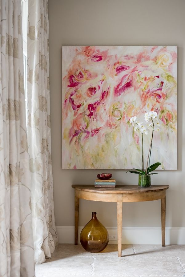 Design by Marilyn Phillips Interiors