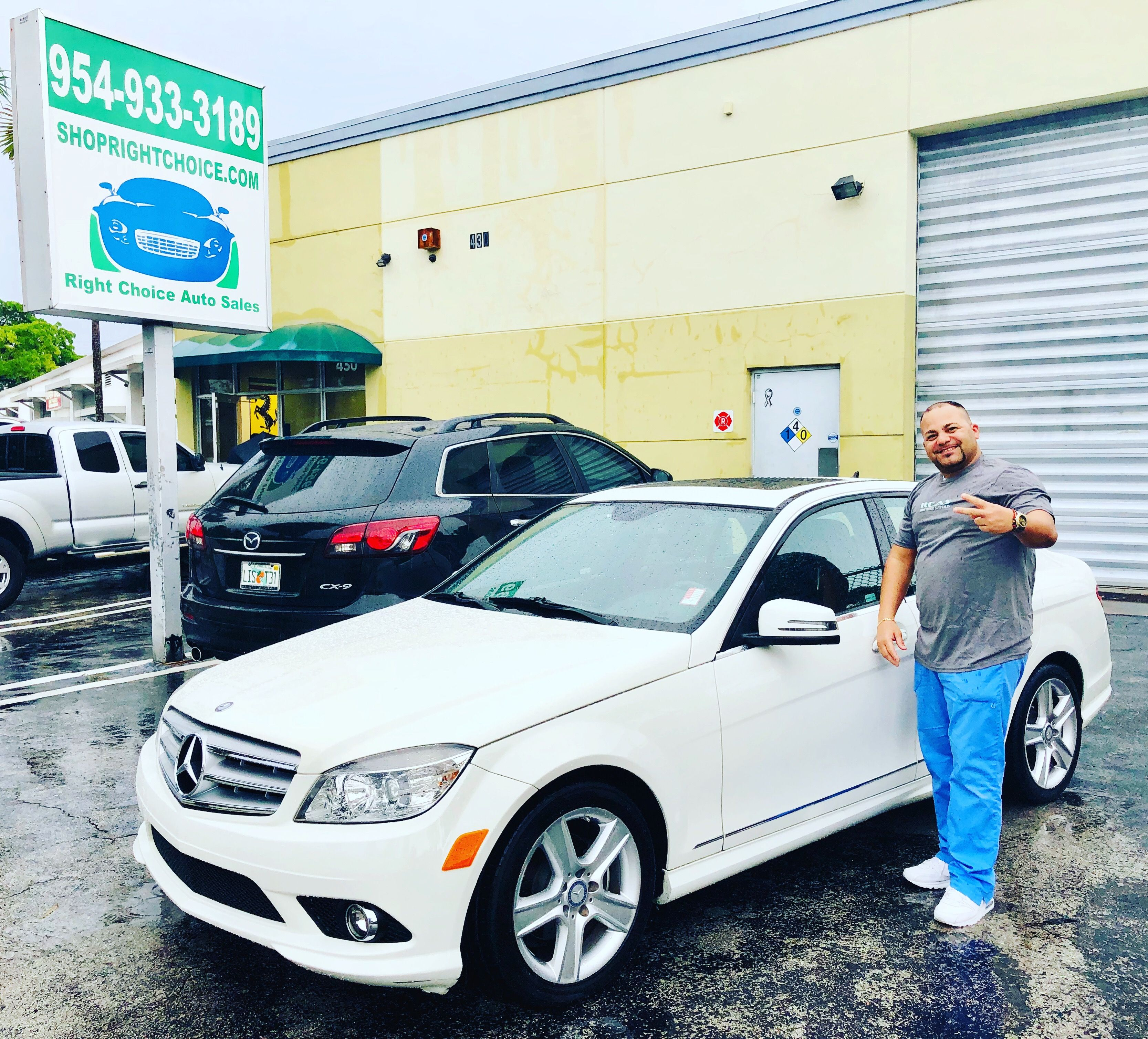 Another Happy Customer Who Saved Over 1 900 On This Like New 2010 Mercedes Benz C300 With Only 50k Mi Cars For Sale Mercedes Benz