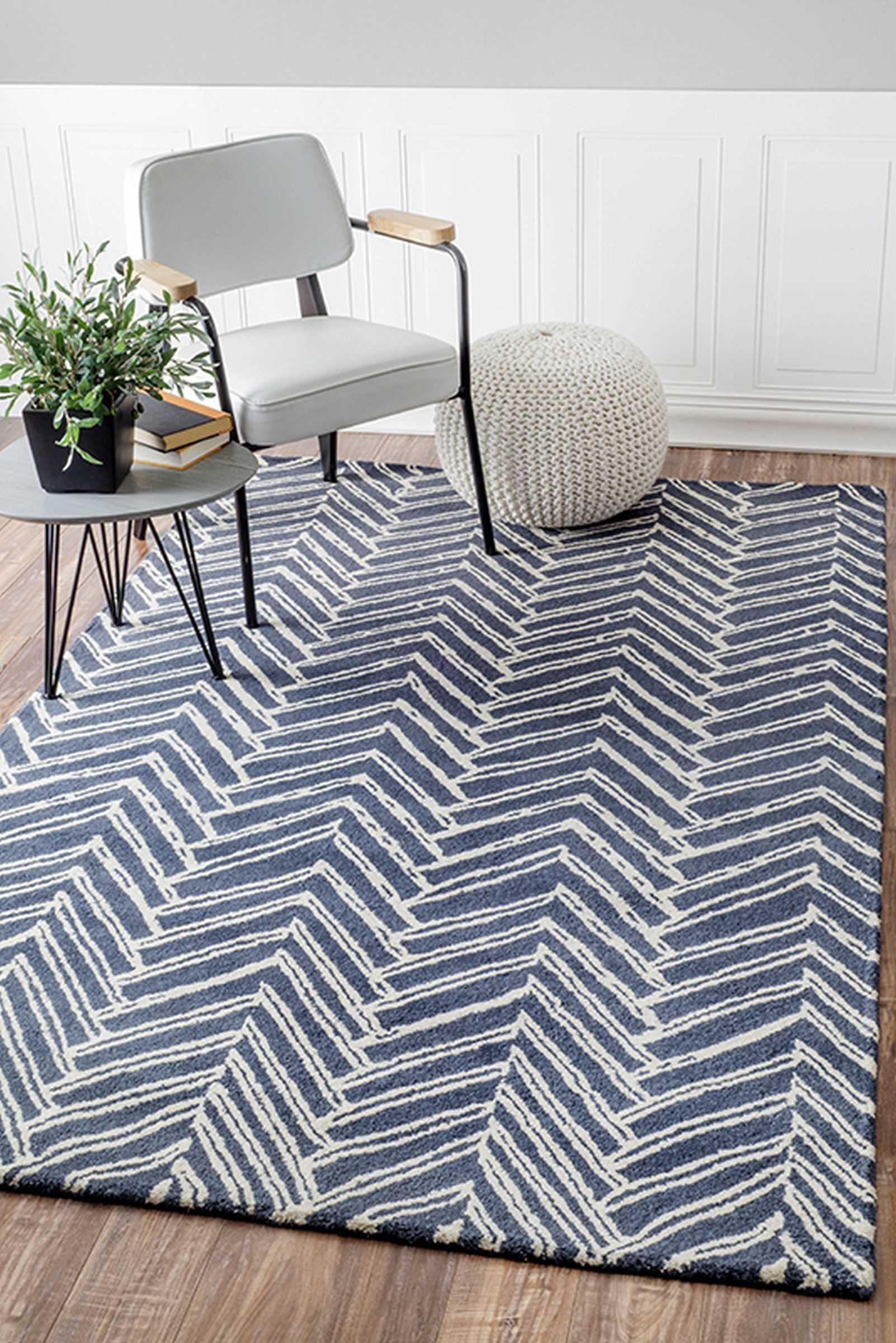Rugs usa area rugs in many styles including contemporary - Pictures of area rugs in living rooms ...
