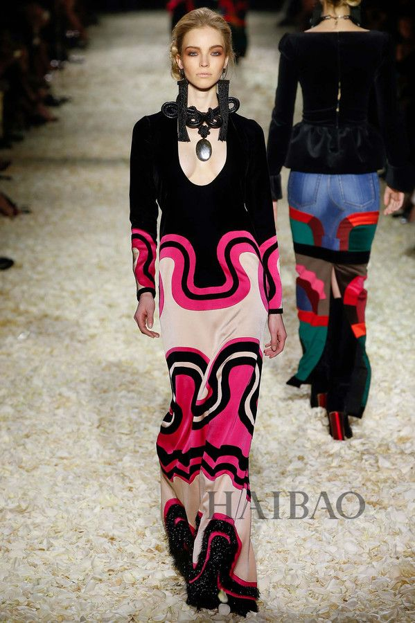 Tom Ford 2015 AW  psychedelic geomatric pattern Swinging Prints Futurism
