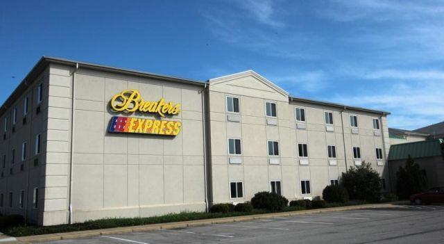 Cedar Points Breakers Express 3 Star Hotel 95 Hotels Unitedstatesofamerica