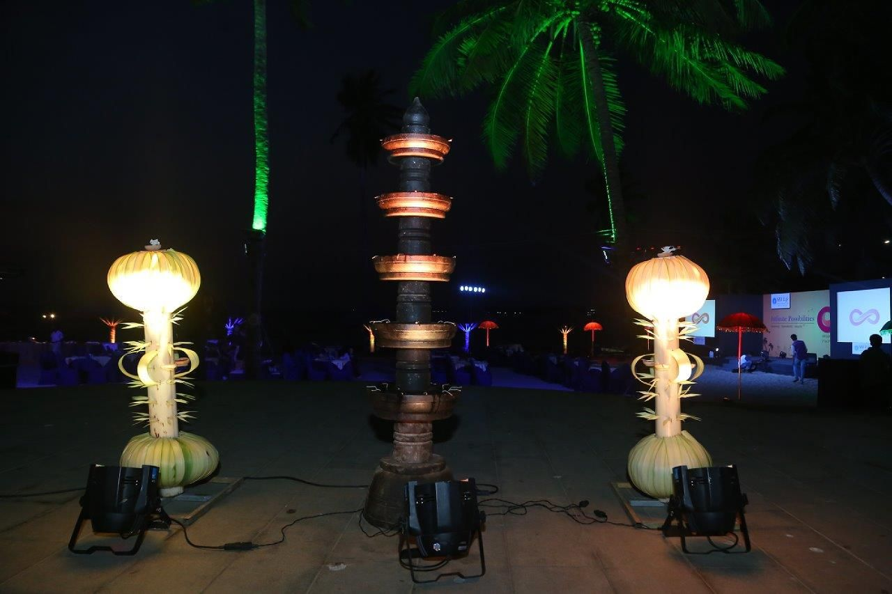 The traditional decor at the Beach area using - Entrance Arch ... for Temple Stone Lamp  575lpg