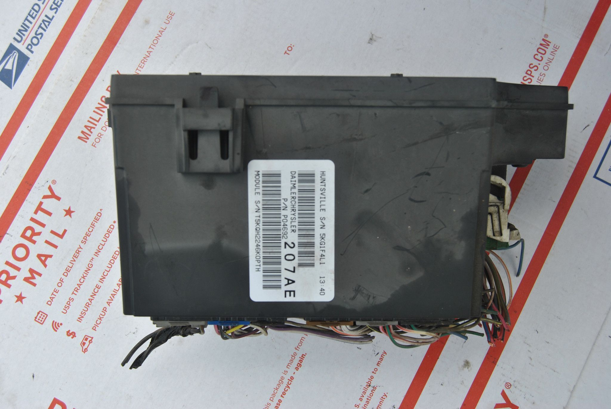 2007 DODGE CALIBER 2.4L INTEGRATED POWER MODULE FUSE BOX P04692207AE TIPM  PATRIOT Dodge Caliber,