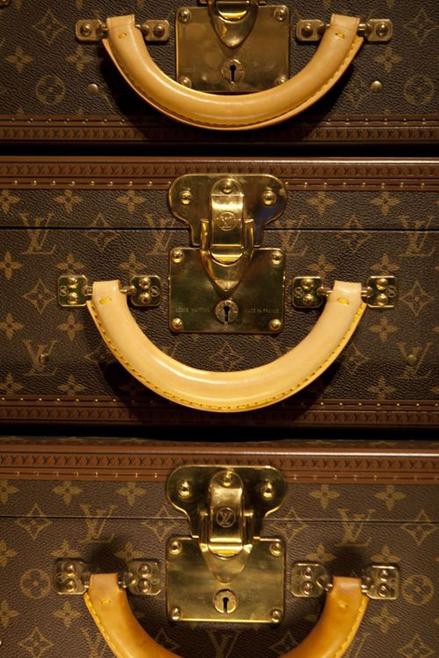 Acessórios do Dia = Baús Louis Vuitton