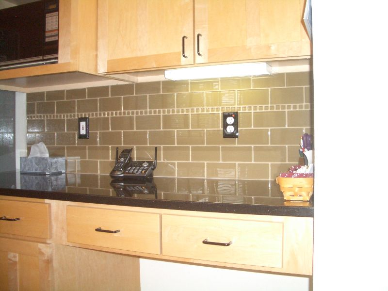 Glass Tile Kitchen Backsplash Special – Only $899! | KITCHENS ...