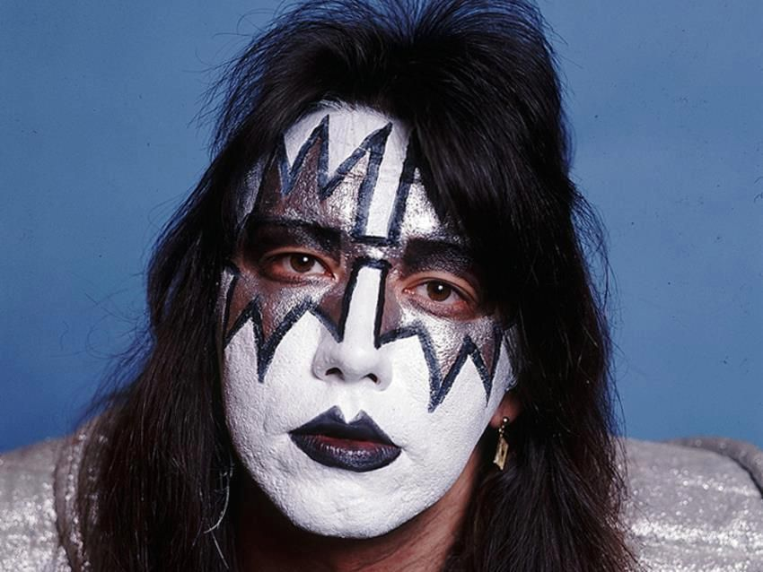 Ace Frehley 1977 Nice Picture Of Him Makeup Was Perfect