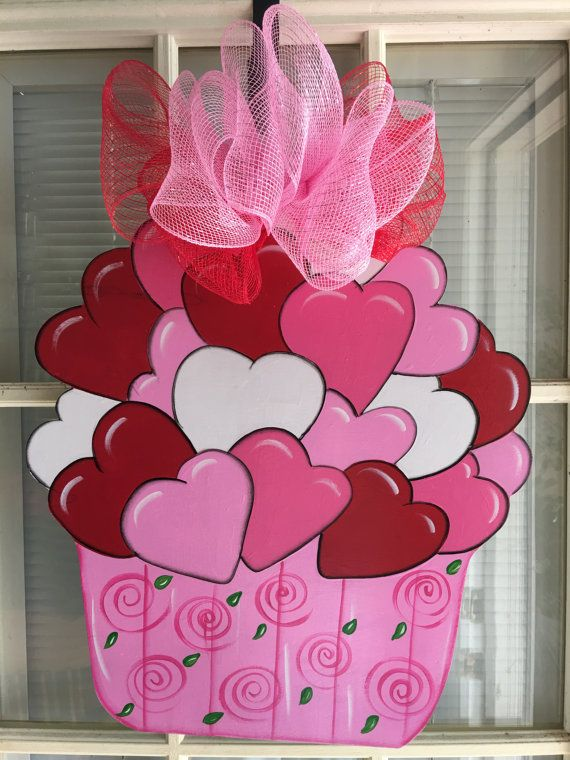 Valentine door decor front door decor valentine door for Puertas decoradas para 14 de febrero