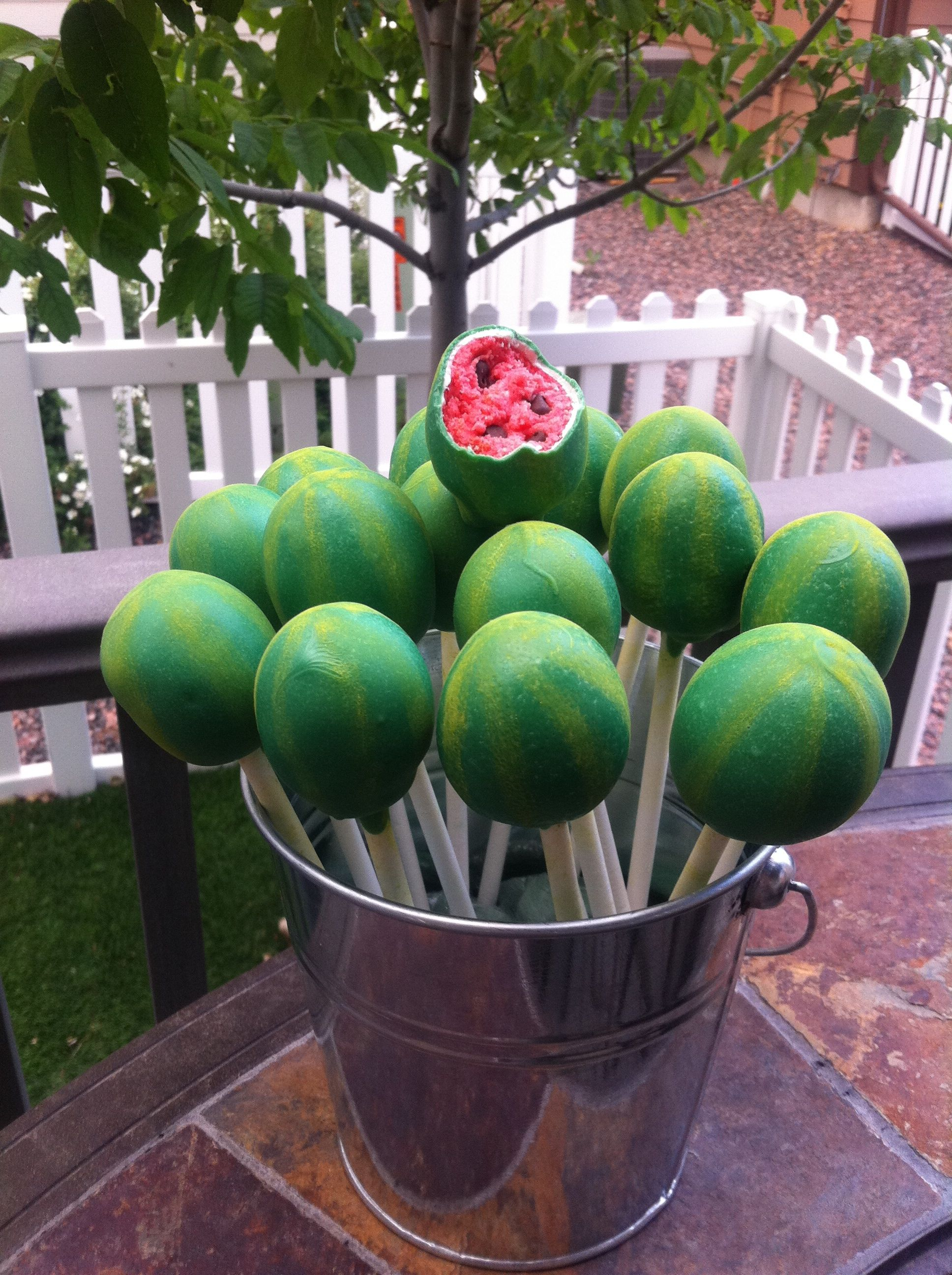 Watermelon lollicakes