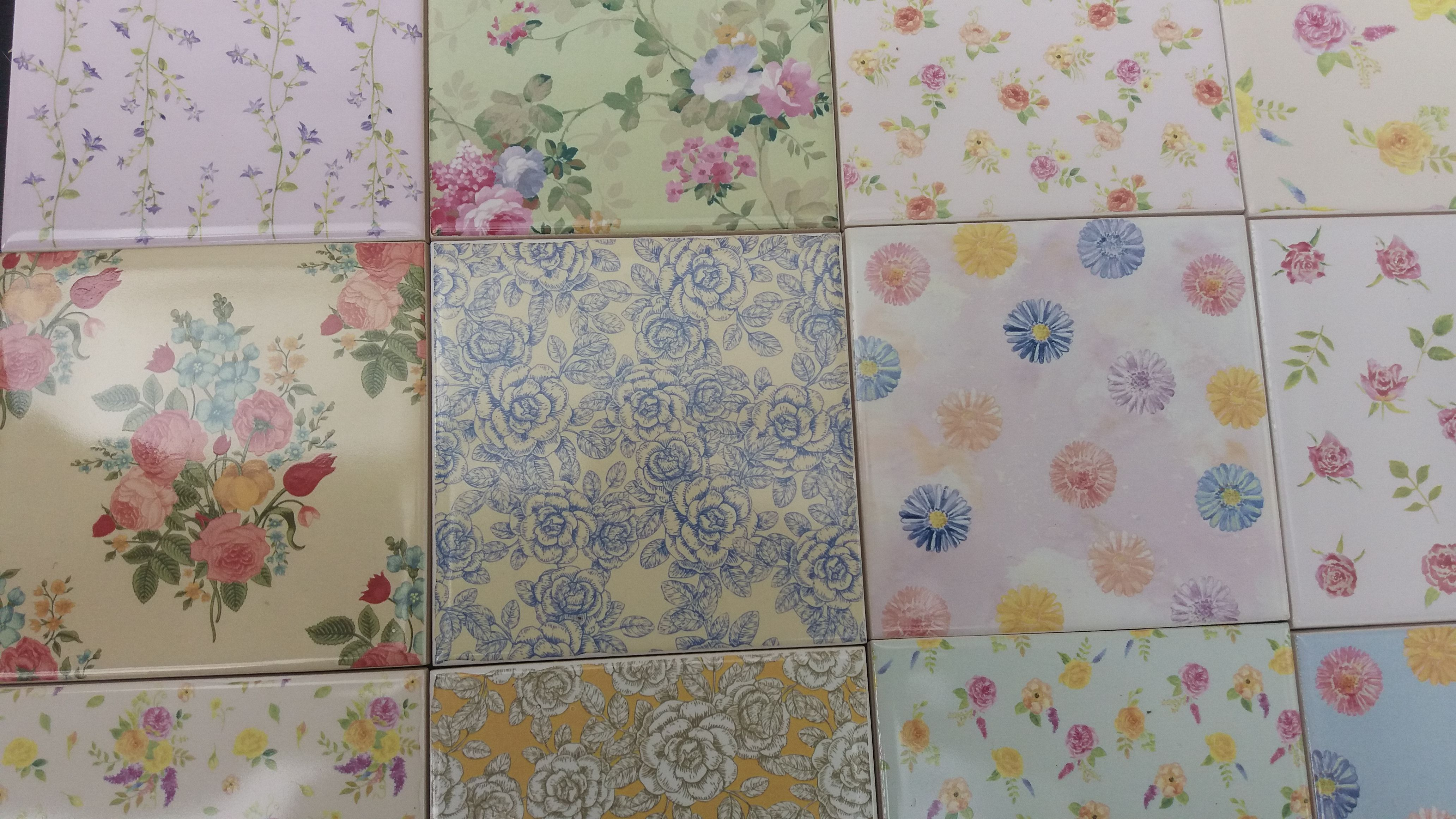 Ceramic wall tiles in floral patterns. Floral pattern