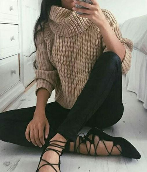 Cute and Comfy Outfits for Thanksgiving - Society19