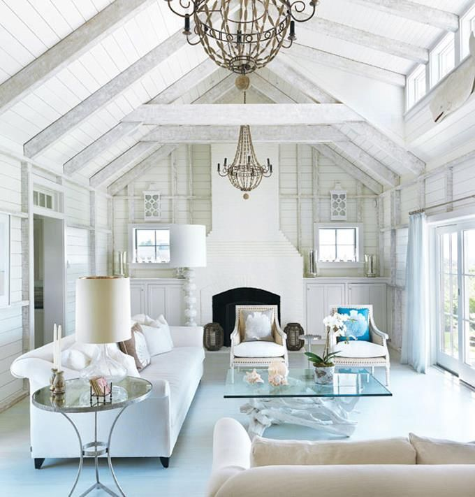 A Beachy Life Beach House Decor White Rooms Bright Homes