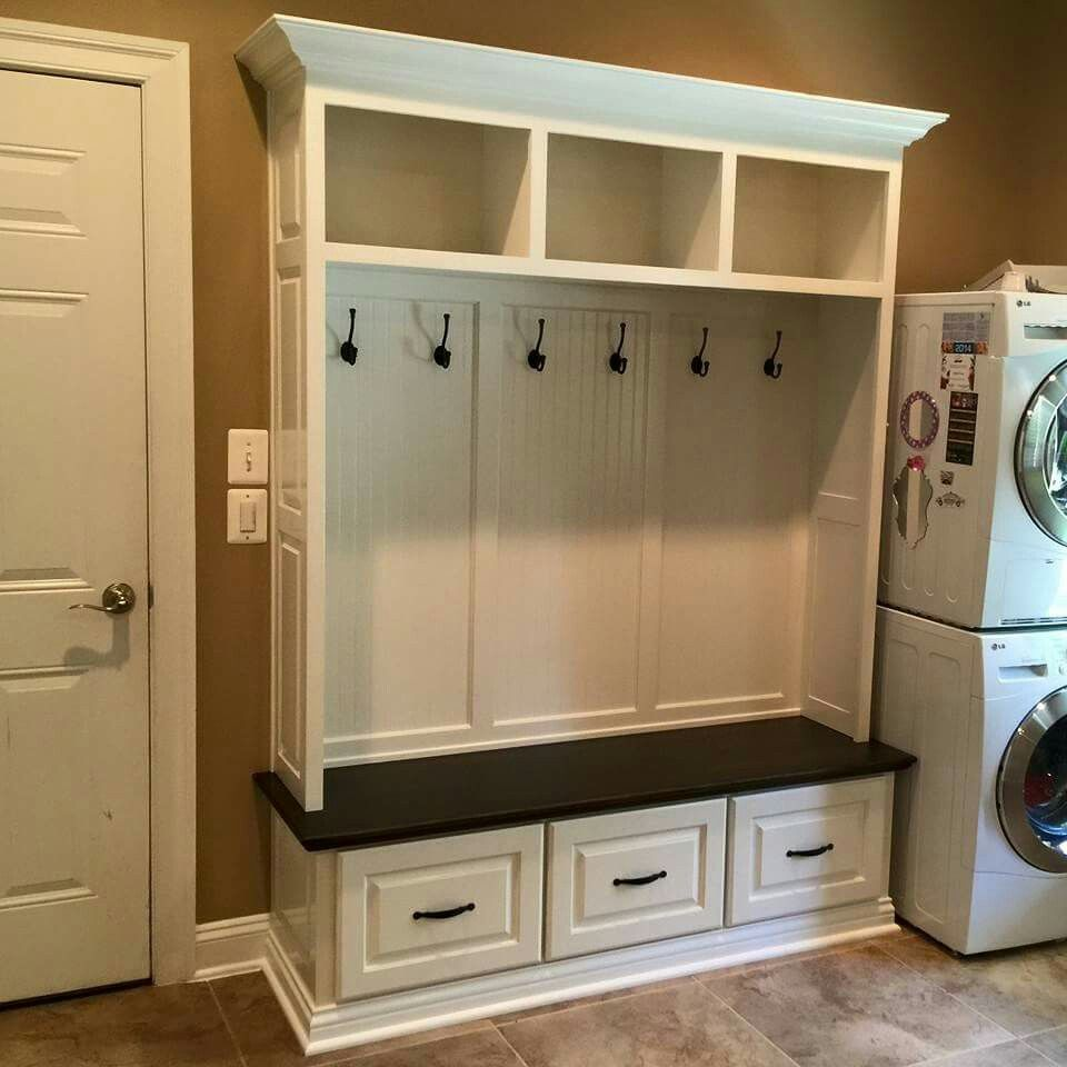 Maple Mudroom Bench Built-in With White Lacquer And
