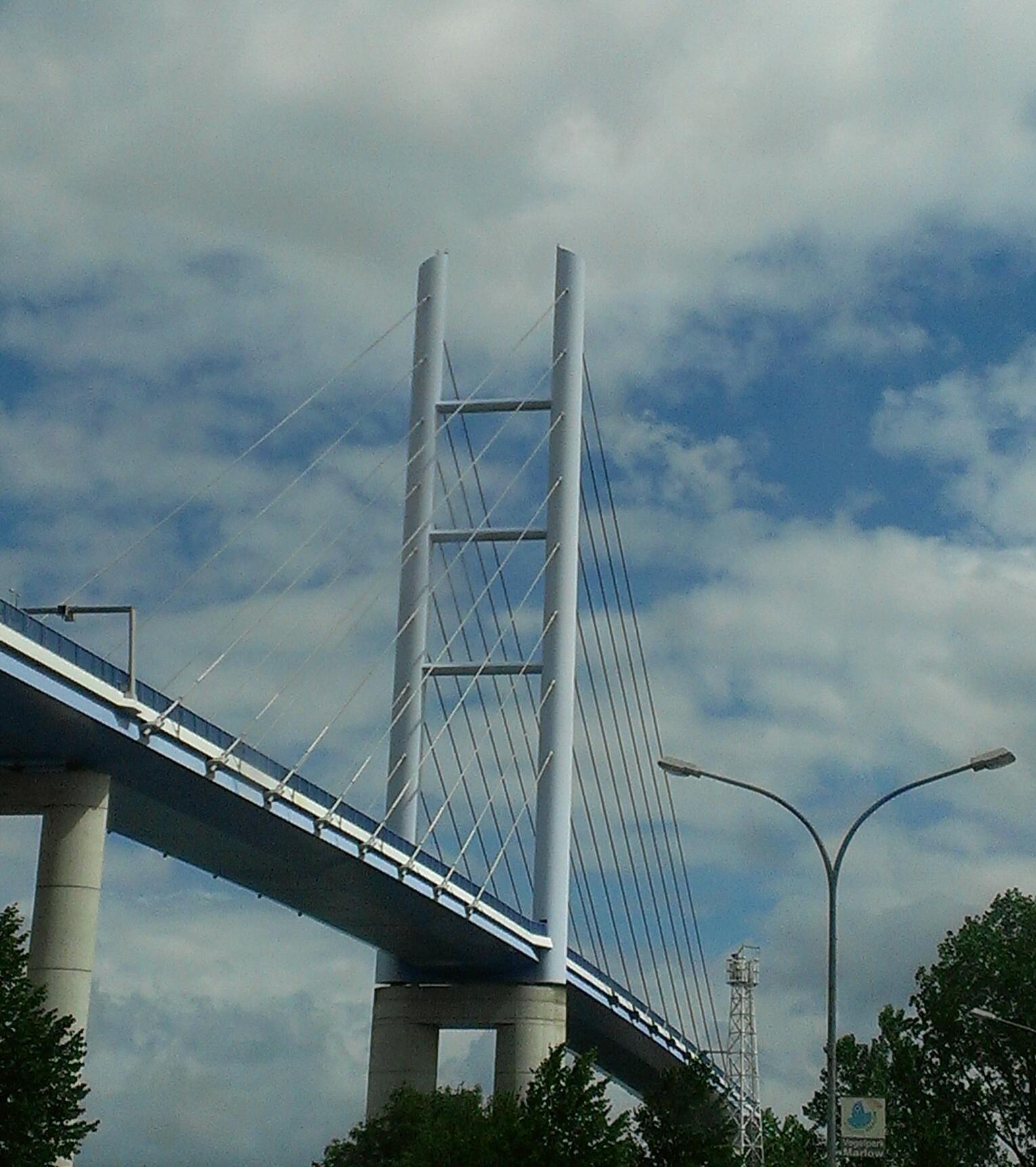 Die Rügenbrücke der Weg von Stralsund zur Insel