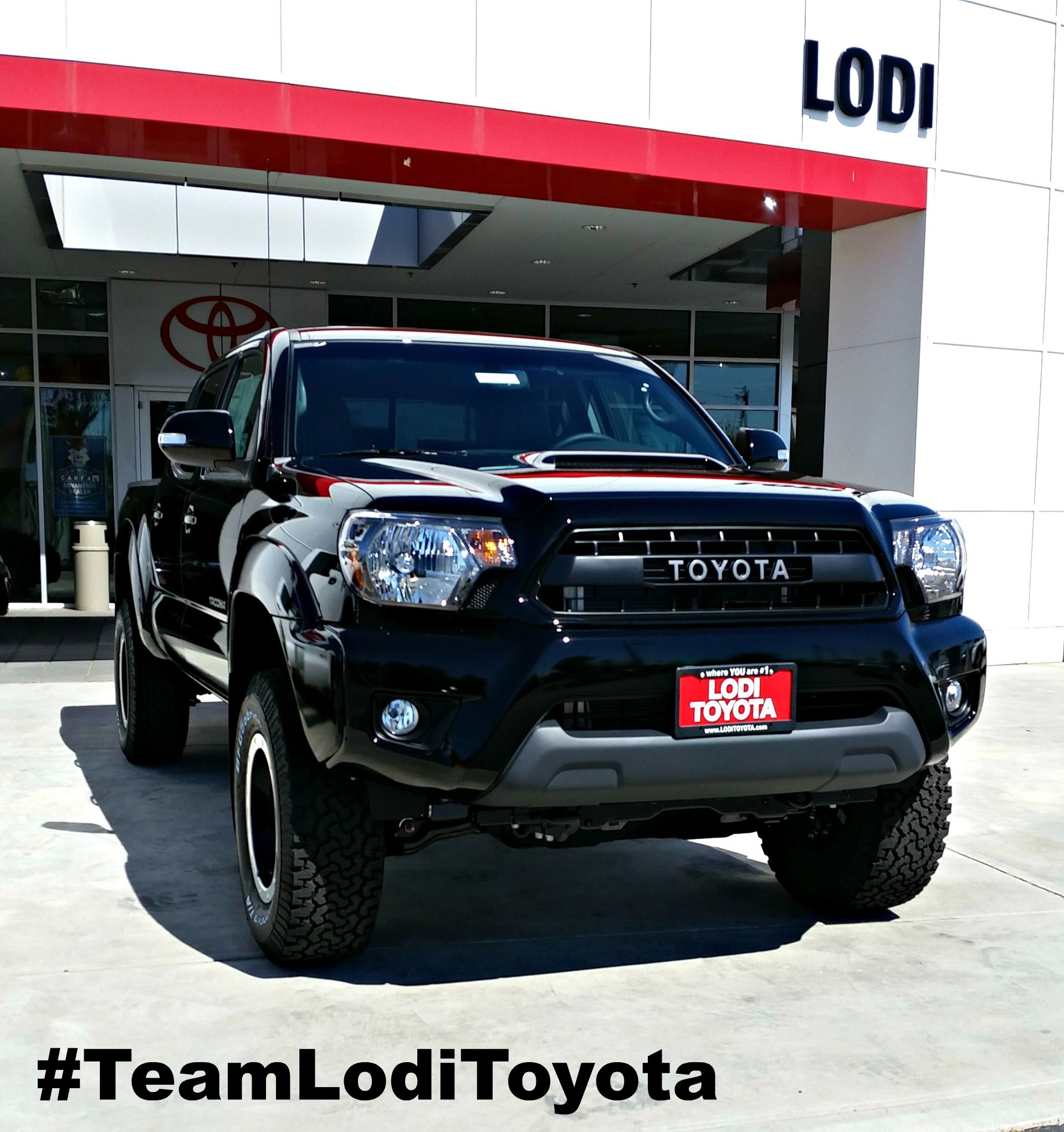 2017 Toyota Tacoma Trd Pro Absolutely Awesome Truck Smoked Headlights Custom Rims Bed Extender And So Much More Just 10 Minutes From Stockton