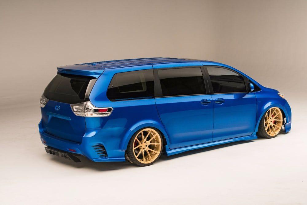 Toyota Gives The Sienna Minivan Some Private Jet Swagger Mini Van Toyota Van Toyota Cars