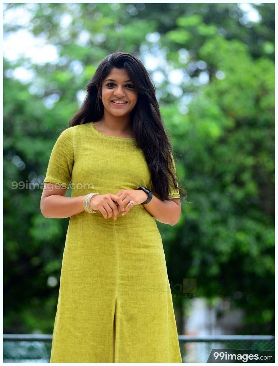 Aparna Balamurali Beautiful HD Photoshoot Stills (1080p