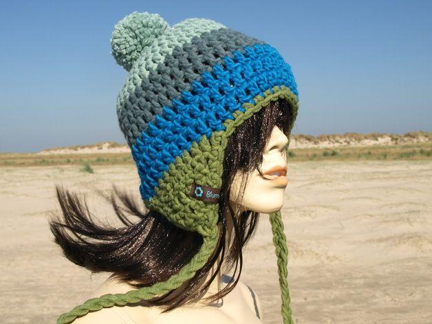 Mütze mit Ohrenklappen und Bommel   Häkeln   Pinterest   Bommel ...