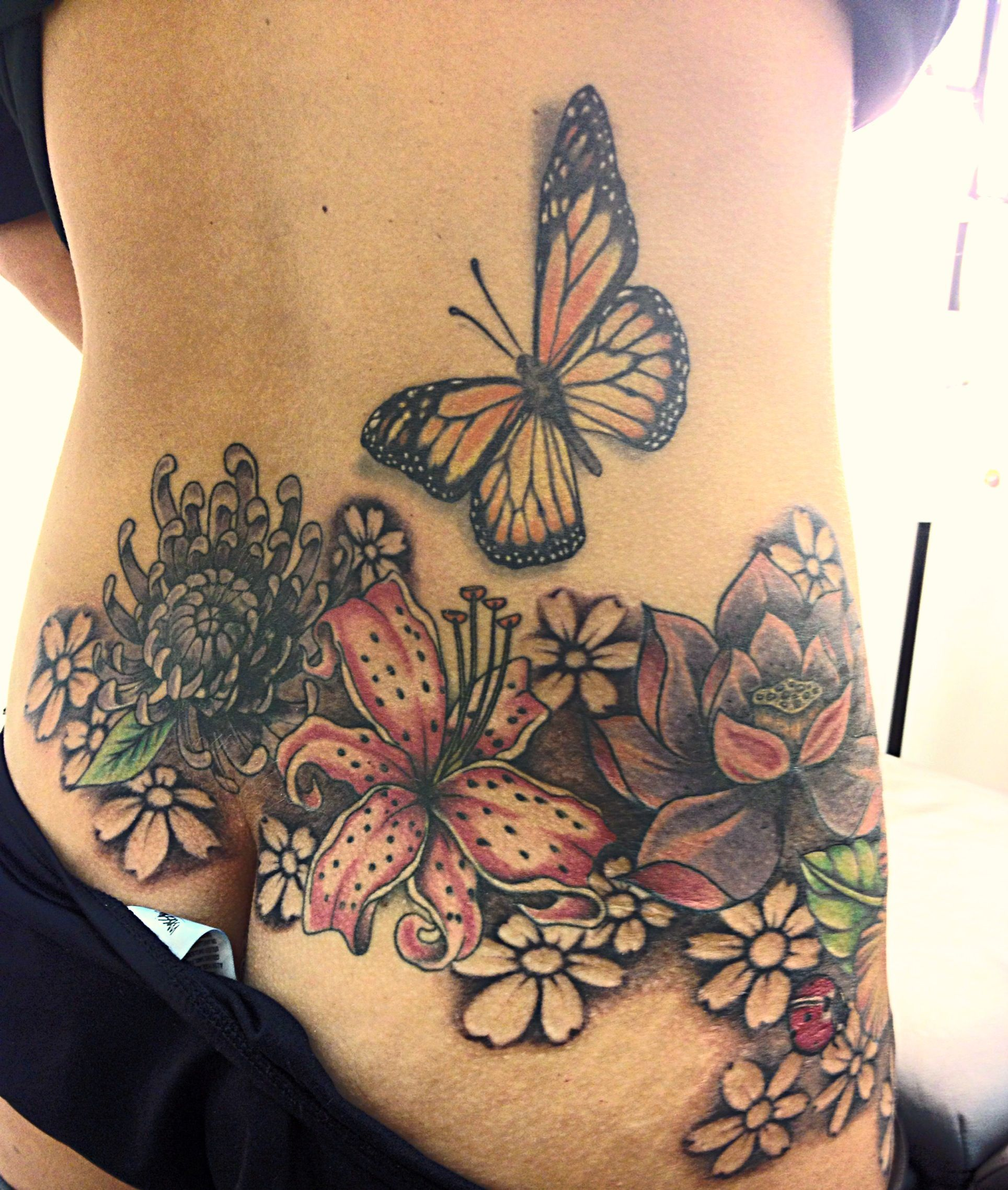 Lower Back Hip Tattoos Back hip tattoos, Hip tattoo, Hip