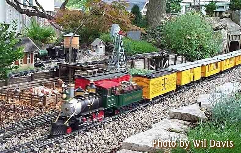 Wilcows Jpg 789 501 Garden Trains Family Garden Garden Railroad
