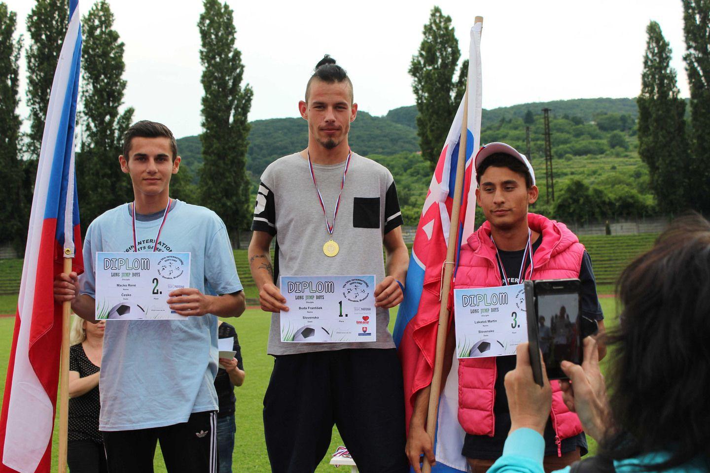 Medzinárodné športové hry detí z detských domovov dopadli pre slovenských mladých športovcov nad mieru úspešne. #usmevakodar #sportovehrydetizdetskychdomovov #nasizlati #gratulujeme