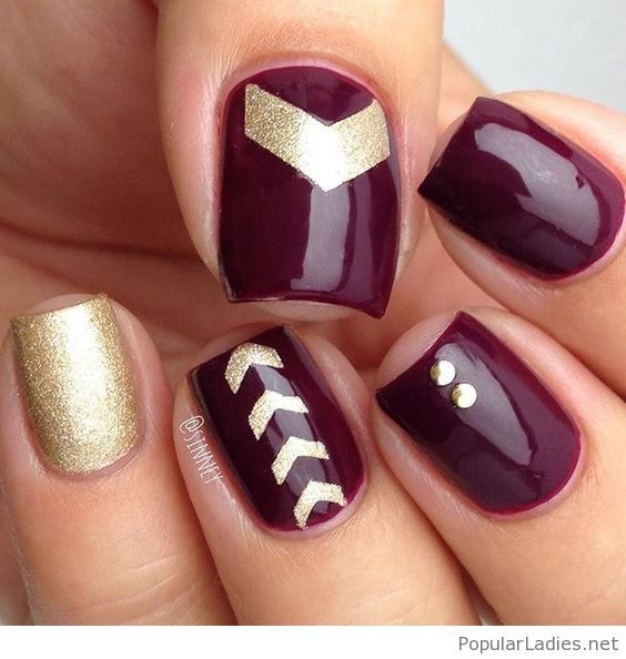 Burgundy And Golden Glitter Nail Art Design Maroon Nails Wine Nails Trendy Nails