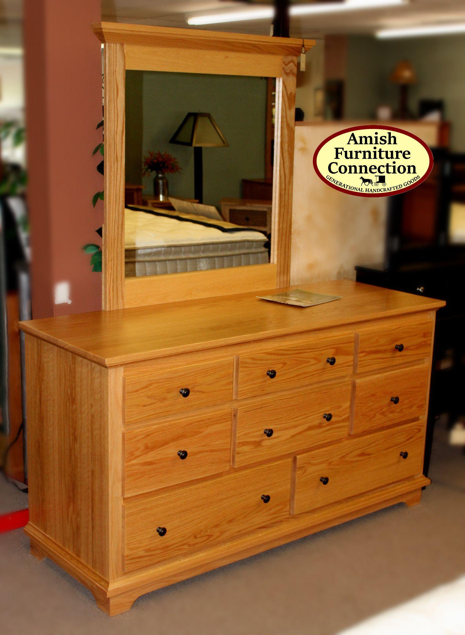 Charmant Shaker Oak Dresser, Bellefonte, PA