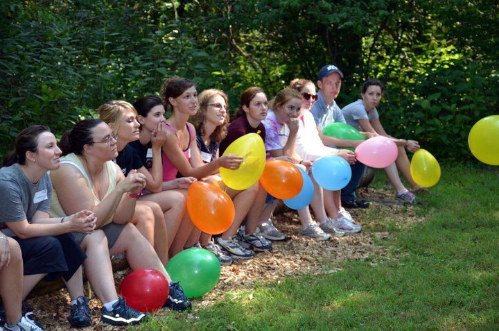 Fun team building games that involve balloons ice - Team building swimming pool games ...