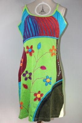 870e7820e36 Fleurig kleedje uit Nepal