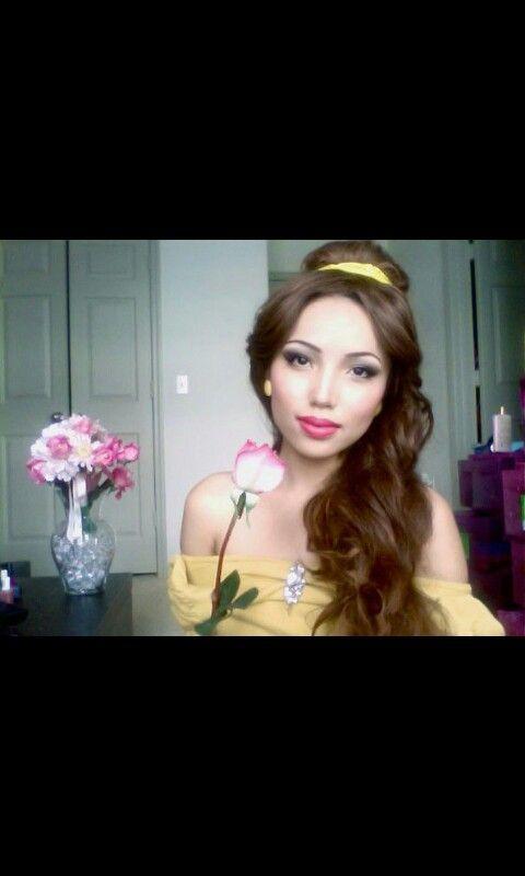 Disney Bell Die Schone Und Das Biest Disney Princess Makeup Disney Hairstyles Belle Hairstyle