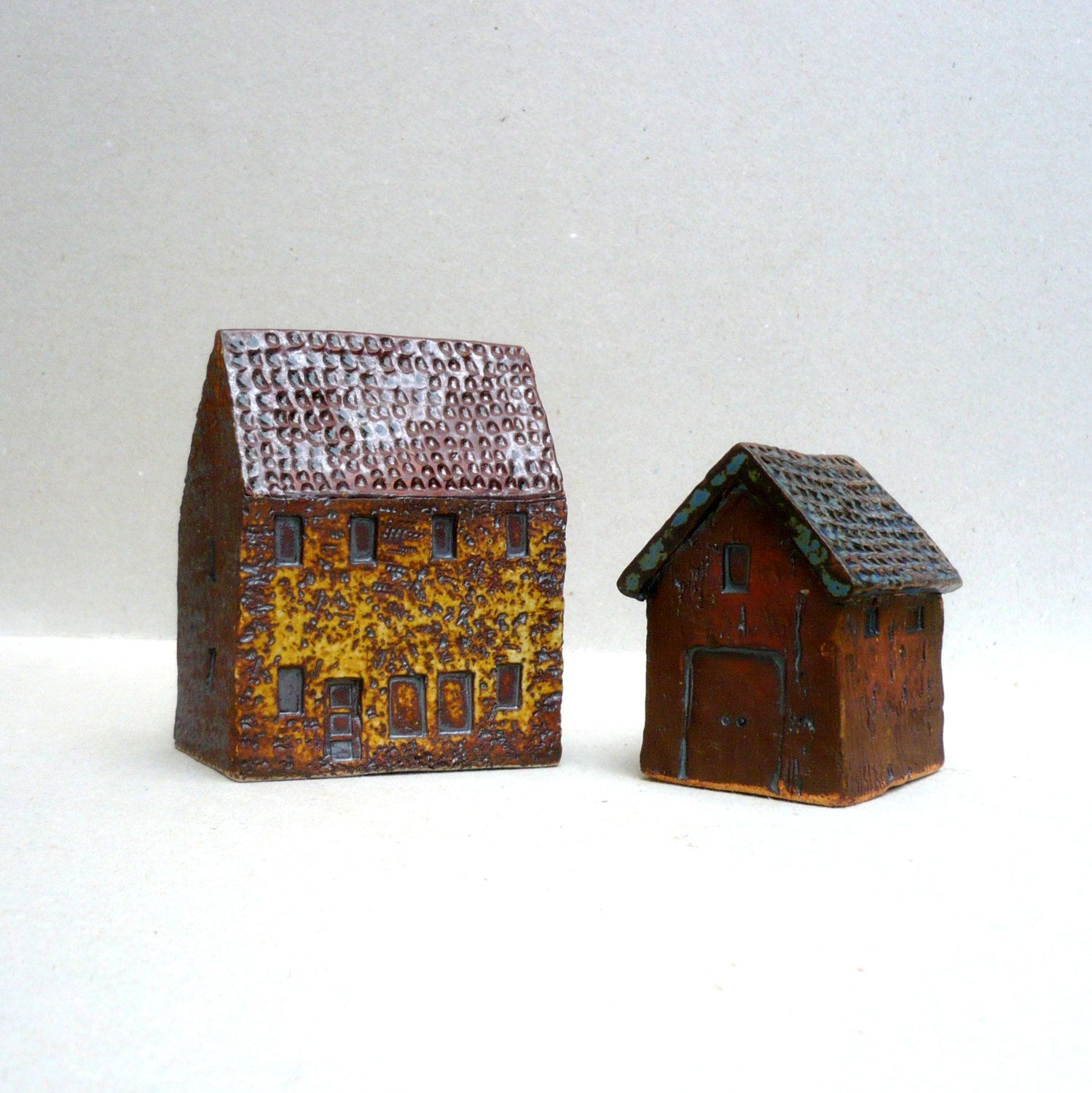 Ceramic Sculpture Farmhouse And Barn by BlueMagpieDesign on Etsy