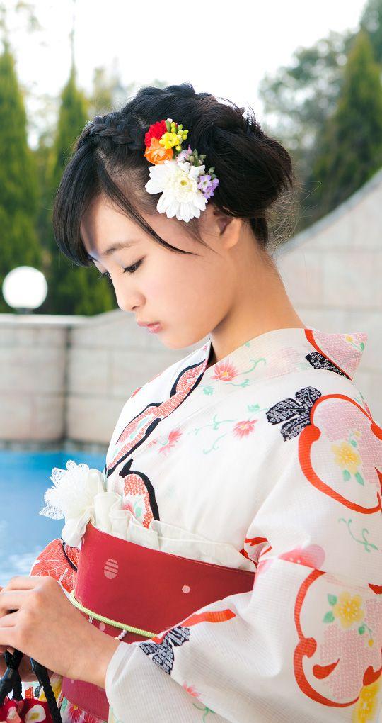 髪のアクセサリーが素敵な大友花恋さん