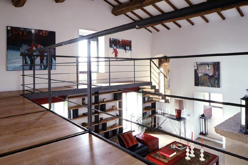 Metal balustrade mezzanine